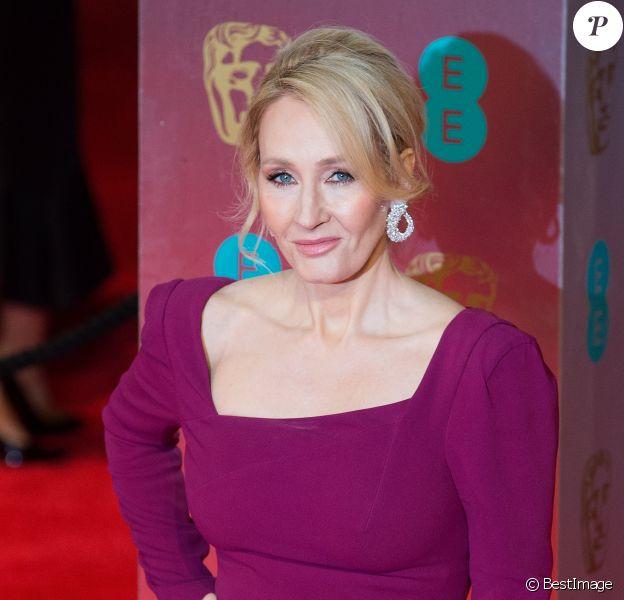 J. K. Rowling - Arrivée des people à la cérémonie des British Academy Film Awards (BAFTA) au Royal Albert Hall à Londres, le 12 février 2017.