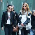 Exclusif - Kristen Stewart et sa petite amie Stella Maxwell à New York, le 6 février 2017.