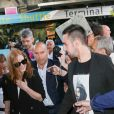 Jessica Chastain arrive à l'aéroport de Nice-Côte d'Azur pour assister au 70e Festival International du Film de Cannes, à Nice, le 16 mai 2017.
