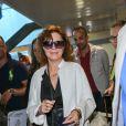 Susan Sarandon arrive à l'aéroport de Nice dans le cadre du 70e Festival International du Film de Cannes, le 16 mai 2017.
