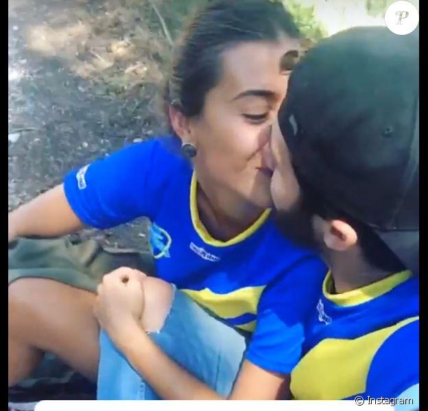 Mathilde et Bastien de Koh-Lanta Cambodge officialisent leur relation en s'échangeant un baiser sur les réseaux sociaux.