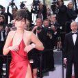 """Bella Hadid (robe Alexandre Vauthier)- Montée des marches du film """"La fille inconnue"""" lors du 69ème Festival International du Film de Cannes. Le 18 mai 2016."""