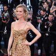 Eva Herzigova, habillée d'une robe couture Roberto Cavalli - Cérémonie d'ouverture du 70e Festival International du Film de Cannes. Le 17 mai 2017.