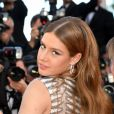 "Adèle Exarchopoulos à la montée des marches du film ""The Last Face"" lors du 69e Festival International du Film de Cannes le 20 mai 2016. © Rachid Bellak / Bestimage"