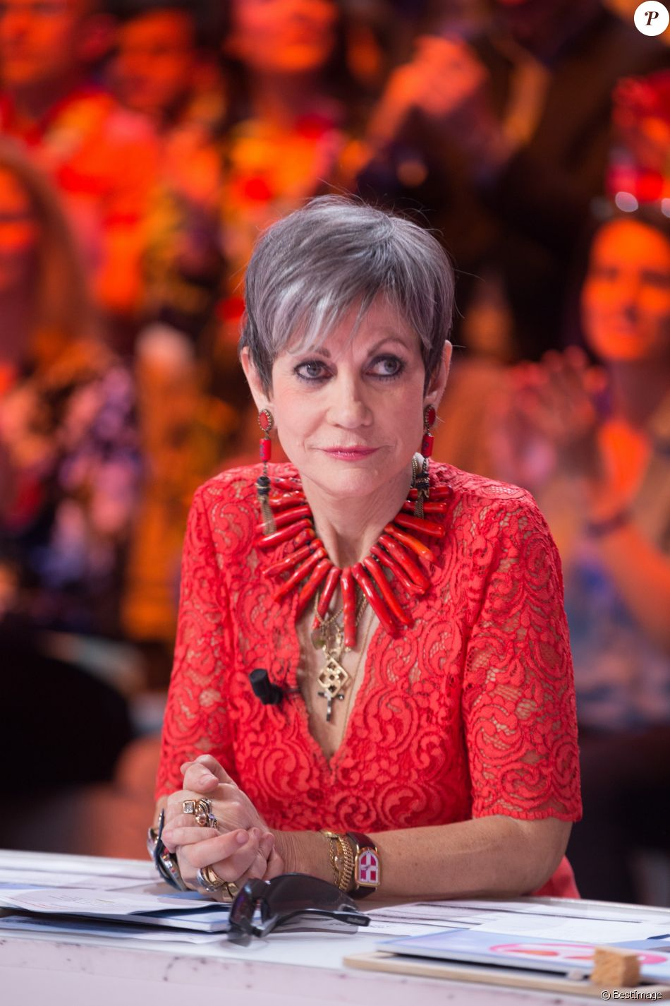 """Exclusif - Isabelle Morini-Bosc - 1000e de l'émission """"Touche pas à mon poste"""" (TPMP) en prime time sur C8 à Boulogne-Billancourt le 27 avril 2017."""