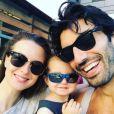 Justin Baldoni et sa femme Emily vont avoir un deuxième enfant. Ils posent ici avec leur fille - Photo publiée sur Instagram le 21 mai 2017
