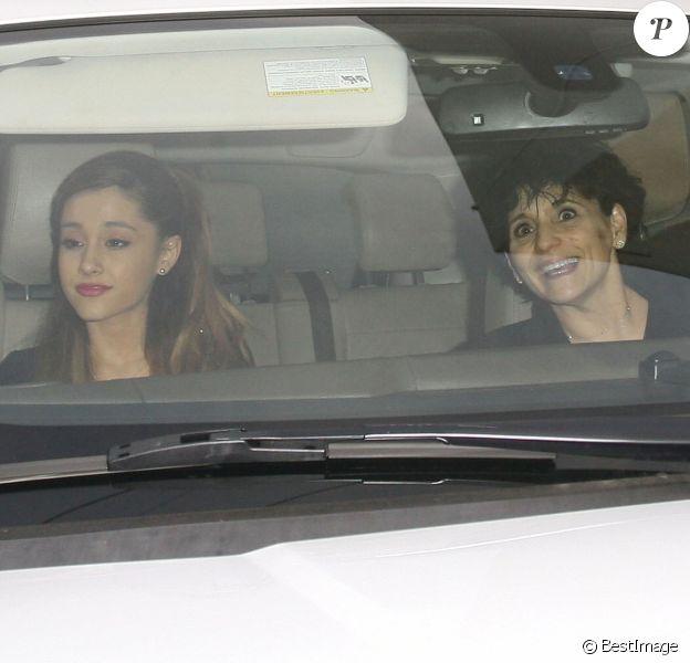 Ariana Grande et sa mère Joan à West Hollywood, le 18 Janvier 2014.