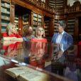 Brigitte Macron (Trogneux) femme du président français E.Macron, Amanda Succi (compagne du maire de Catane E. Bianco) , Malgorzata Tusk, la femme de D. Tusk (Président du conseil Européen) , Joachim Sauer le mari de la chancelière allemande A. Merkel - Les conjoints des chefs d'États du G7 en visite à la bibliothèque de Catane en Sicile le 26 mai 2017 © Sébastien Valiela / Bestimage