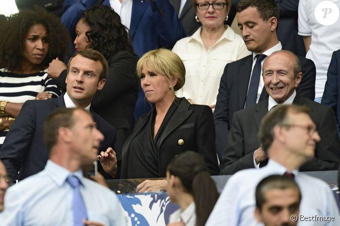 Macron et sa femme leur rencontre