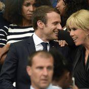 Angers-PSG : Emmanuel Macron et Brigitte, détendus avec Nicolas Sarkozy
