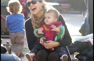Jessica Alba : fou rire avec son... adorable Honor !