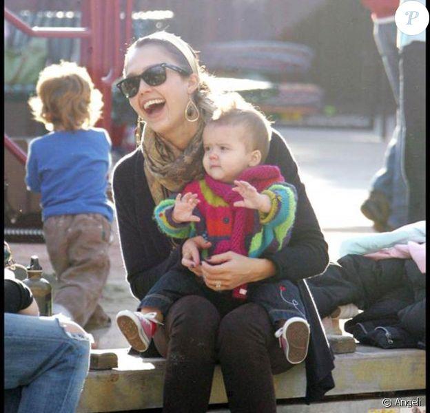 Jessica Alba et Honor au parc Coldwater de L.A. 25/01/09