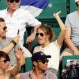 Philippe Lacheau et sa compagne Elodie Fontan dans les tribunes lors des internationaux de France de Roland Garros à Paris, France, le 1er juin 2017. © Jacovides-Moreau/Bestimage