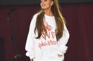Ariana Grande chante pour ses