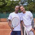 Sylvain Wiltord et Cyrille Eldin lors de la dernière journée du Trophée des Personnalités de Roland-Garros le 8 juin 2017.