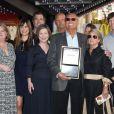 Adam West recevant son étoile sur le Walk of Fame à Hollywood en 2012