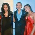 Sacha Obama et ses parents Michelle et Barack, lors de son 16e anniversaire - Photo publiée sur Twitter puis reprise par le DailyMail. datée du 10 juin 2017