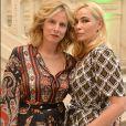 """Karin Viard et Emmanuelle Béart - Lancement du nouveau parfum """"Aura"""" de Thierry Mugler à l'hôtel Salomon de Rothschild, Paris le 15 juin 2017. © Veeren/Bestimage"""
