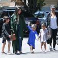 Kourtney Kardashian emmène sa nièce North West et ses enfants Mason et Penelope à l'église à Los Angeles, le 9 avril 2017
