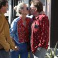 Johnny Hallyday avec sa femme Laeticia à Santa Monica, le 1er avril 2017.