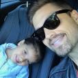 Eric Winter et sa fille Sebella sur une photo publiée sur Instagram le 14 juin 2017