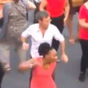 David Pujadas : Sa danse endiablée à la fête de la Musique !