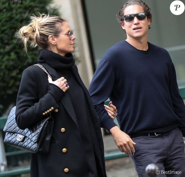 Heidi Klum et son compagnon Vito Schnabel sont allés visiter des galeries d'art à Paris pendant la FIAC (Foire Internationale d'Art Contemporain), Paris, le 20 octobre 2016.