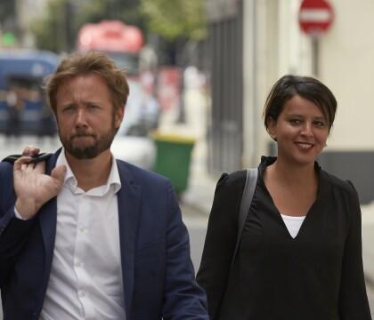 Najat Vallaud-Belkacem : Souriante et solidaire avec son mari, malgré la défaite