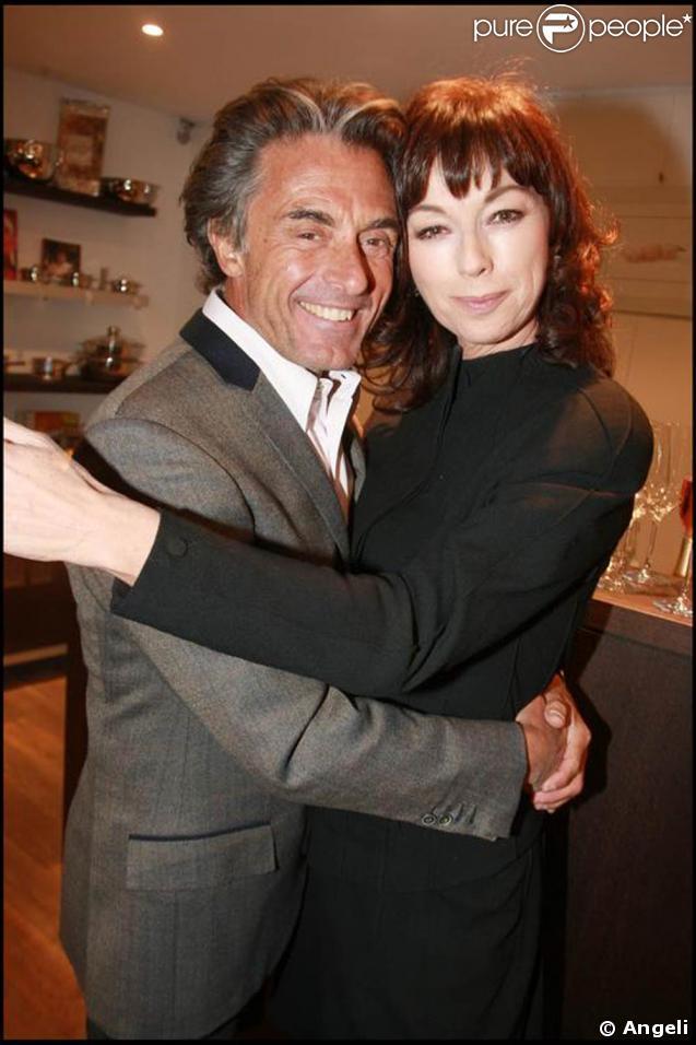 Julie Arnold et Gérard Holtz au dîner annuel de l'hôtel Guanahani. 28/01/09