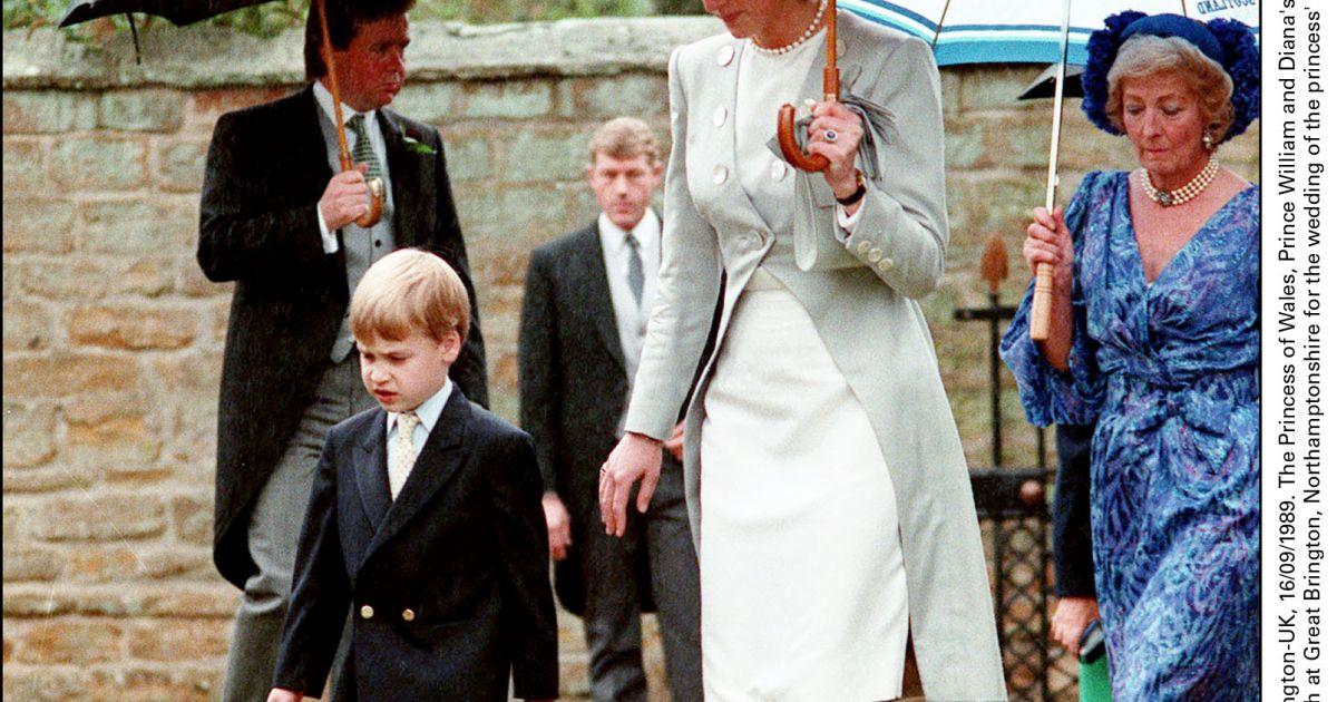 la princesse diana avec son fils le prince william et sa m re frances en septembre 1989 lors du. Black Bedroom Furniture Sets. Home Design Ideas