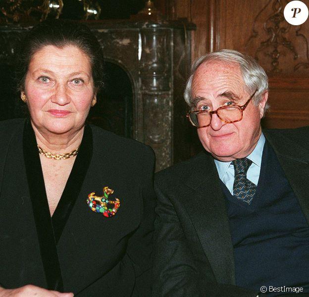 Simone Veil et son mari Antoine au dîner du CIJAC, à Paris, en 1999