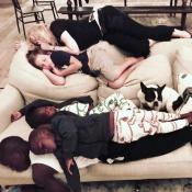 Madonna : Pouce à la bouche pour une sieste complice avec ses enfants