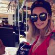 Emilie Nef Naf en maillot très échancré sur Instagram, le jeudi 6 juillet 2017.