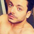 Kev Adams pose torse nu - Photo publiée sur Instagram le 29 mai 2017