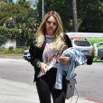 Hilary Duff est allée déjeuner avec son ex mari Mike Comrie au restaurant La Conversation à West Hollywood, le 3 juillet 2017
