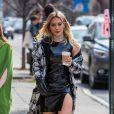 Exclusif - Hilary Duff vêtue d'une tenue très sexy sur le tournage de la nouvelle saison de 'Younger' à New York, le 3 avril 2017