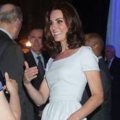 """Kate Middleton : Une """"patronne"""" de charme, radieuse et très stylée au musée"""