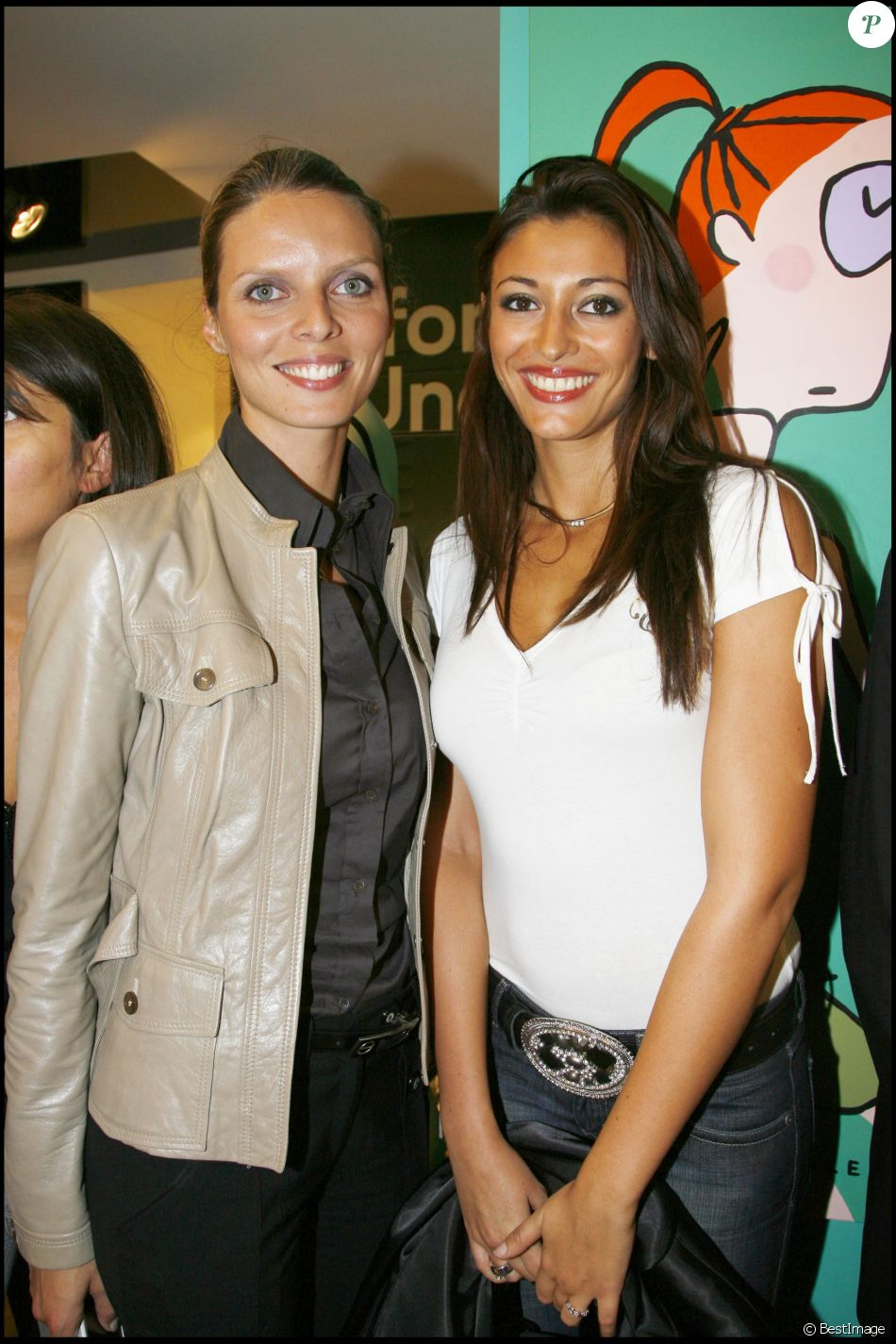 Sylvie Tellier (Miss France 2002) et Rachel Legrain-Trapani (Miss France 2007) sont restées proches et complices depuis toutes ces années.