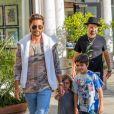 Exclusif - Penelope Scotland Disick et Mason Dash Disick - Scott Disick emmène ses enfants chez King's Fish House à Calabasas le 3 juin 2017.