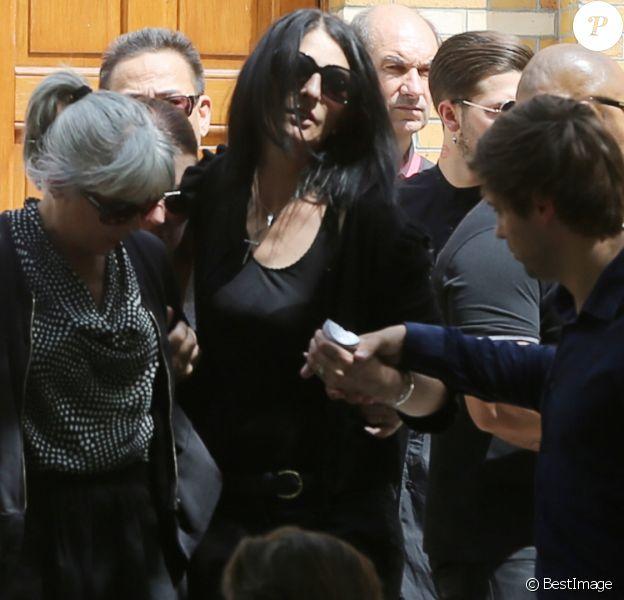 Sylvie Ortega Munos la compagne de Ludovic Chancel - Obsèques de Ludovic Chancel, le fils de Sheila, en l'église Notre dame d'Eylau à Paris, le 17 juillet 2017. Il a ensuite été enterré au cimetière des Arches à Louveciennes.