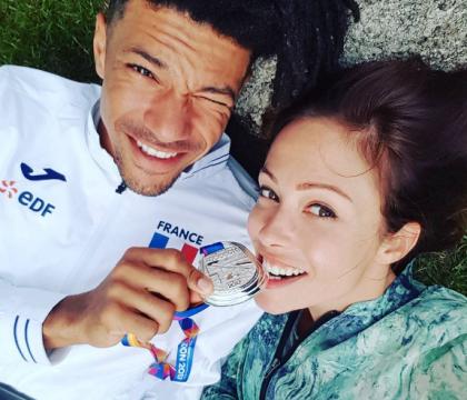 Dounia Coesens en couple avec un sexy sportif : Sa jolie déclaration d'amour