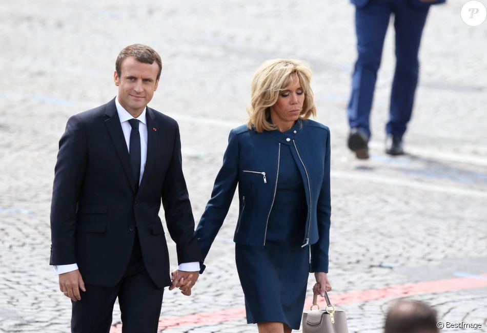 Le President De La Republique Emmanuel Macron Et Sa Femme Brigitte Macron Trogneux Lors Du Defile Du 14 Juillet Fete Nationale Place De La Concorde A Pari Purepeople