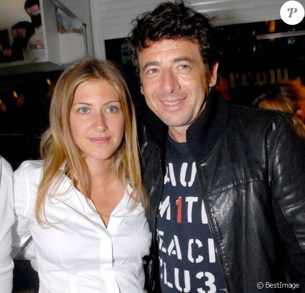 Amanda Sthers et Patrick Bruel au VIP Room de Saint-Tropez le 25 juillet 2007.