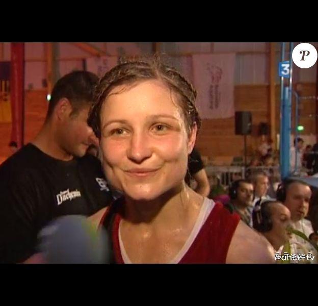 Angélique Duchemin, sacrée championne du monde de boxe anglaise poids plumes le 12 mai 2017, est morte le 29 août 2017 à l'âge de 26 ans après avoir fait un arrêt cardiaque. Image France 3 Occitanie.