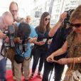 Charles Aznavour reçoit son étoile sur le Hollywood Walk of Fame à Los Angeles, le 24 août 2017. © Ringo Chiu via Zuma Press/Bestimage