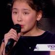 """Leeloo lors de la demi-finale de """"The Voice Kids 4"""" (TF1), le 23 septembre 2017."""