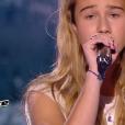 """Lilou lors de la demi-finale de """"The Voice Kids 4"""" (TF1), le 23 septembre 2017."""