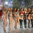 """Défilé """"Victoria's Secret Paris 2016"""" au Grand Palais à Paris, le 30 novembre 2016. © Denis Guignebourg/Bestimage"""