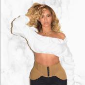 Beyoncé : Lumineuse et ultrastylée, trois mois après son accouchement