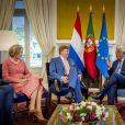 Le roi Willem-Alexander et la reine Maxima des Pays-Bas reçus par le premier ministre portugais Antonio Luis Santos da Costa lors d'une visite d'état au Portugal le 11 octobre 2017 11/10/2017 - Lisbonne